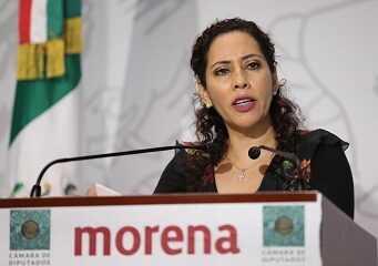 """""""Chamaquea"""" líder de la CMIC a la diputada Tania Cruz"""